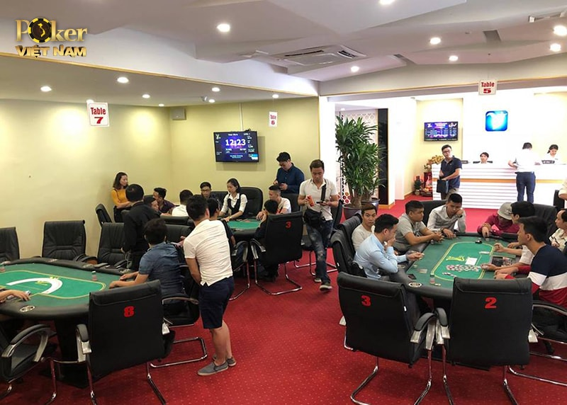 38_03_ VStar Poker Club.jpg