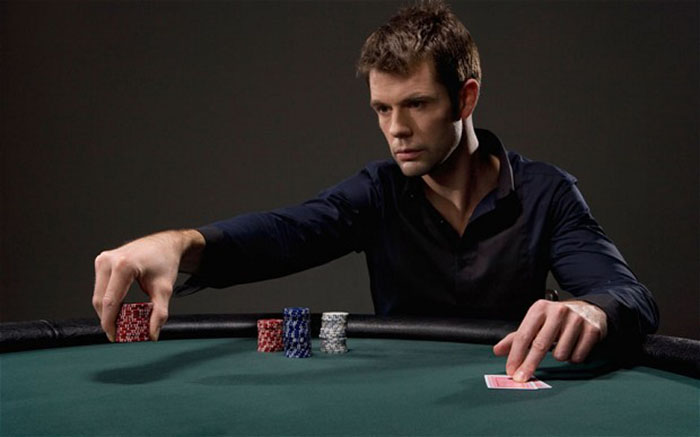 cach choi poker.jpg