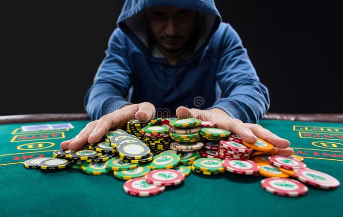 kinh nghiem choi poker 3.jpg