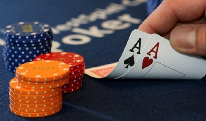 luat choi poker.jpg